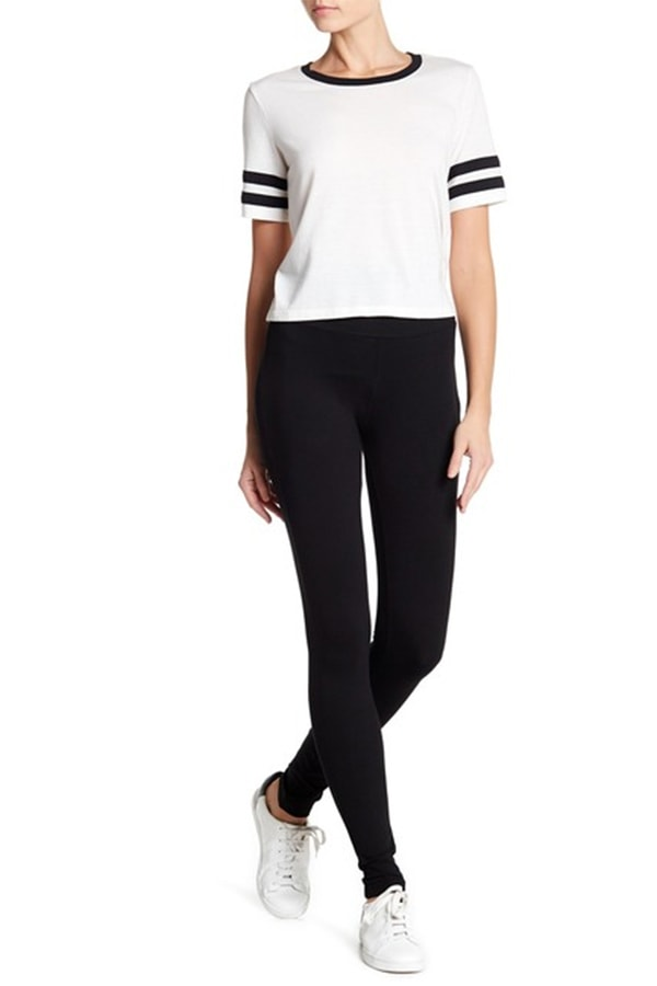 Black leggings -- an essential for your clothes for college