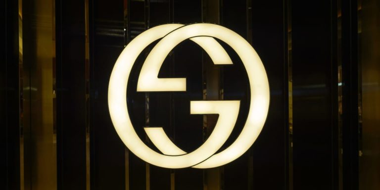 Gucci logo on storefront