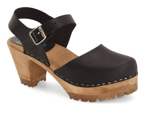 Clog with block heel and black, closed-toe