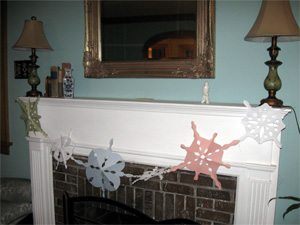 Do It Yourself: Holiday Decorations