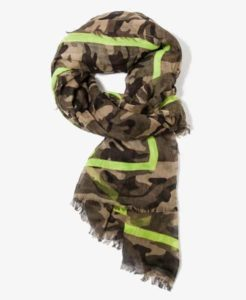 frayed-camo-scarf