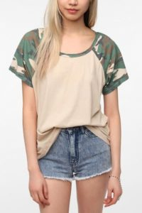 truly-madly-deeply-camouflage-sleeve-raglan-boyfriend-tee