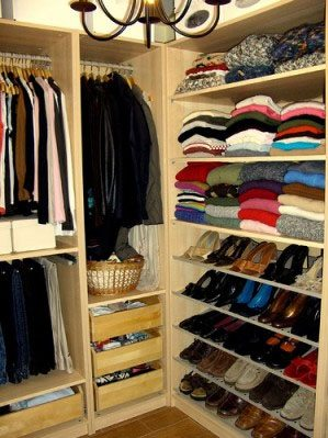 Spring Cleaning: Tips for a Organizing your Closet