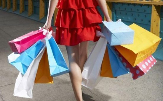 Are You a Shopaholic? Here Are Some Tips to Help You Out