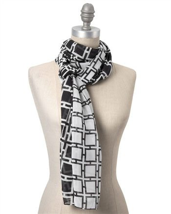 Positive - Negative Graphic Scarf