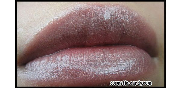 Latte Lips: Cocoa and Spicy Lipstick Shades for Fall