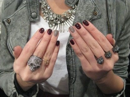 One-nail Color Change