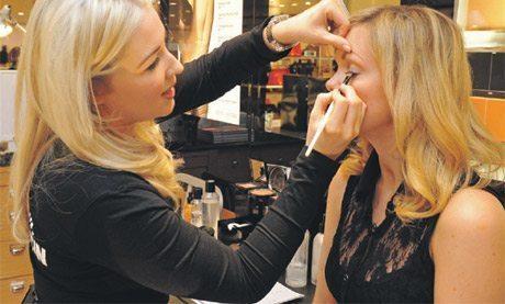 Beauty Advice: Teen MakeUp Tips