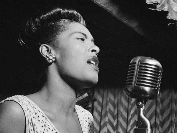Beauty Icon: Billie Holiday