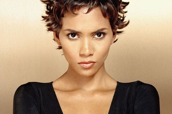 Beauty Icon: Halle Berry