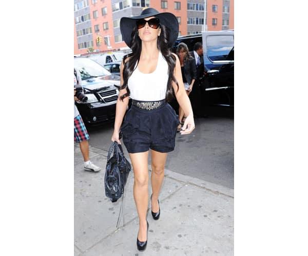 Kim Kardashian: Look For Less