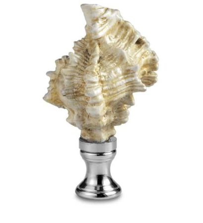 Lamp with seashell style shade