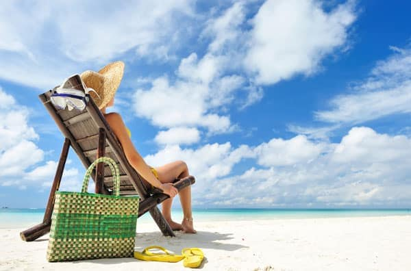 5 Days at the Beach? Look Different Each Time with These 5 Beach Basics