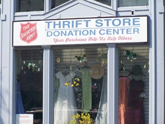 Are You an Avid Thrift Store Shopper? Lifehacker Says June is Your Must-Shop Month