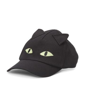 Baseball cap with cat eyes