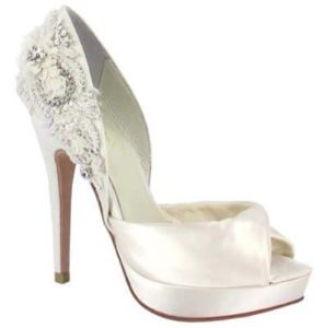 ivory-menbur-narke-bridal-shoes
