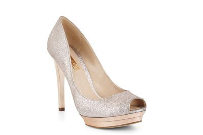 Dart Peep Toe Pump
