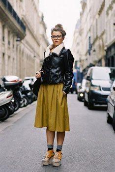 Woman wearing gaucho