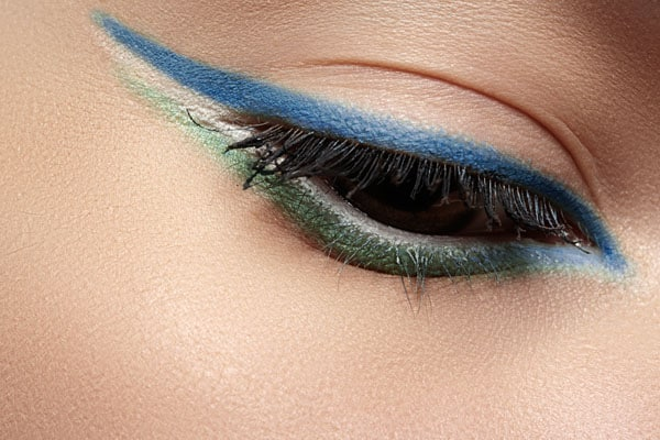 How to Wear Blue Eyeliner