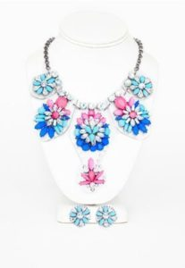 jayda-perspex-gem-detail-statement-necklace-and-earring-set-blue