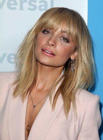 Nicole Ritchie with lob haircut