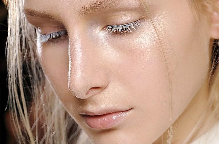 Woman wearing highlighter makeup