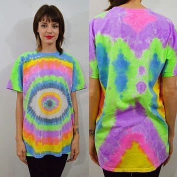 woman wearing psychedelic t shirt