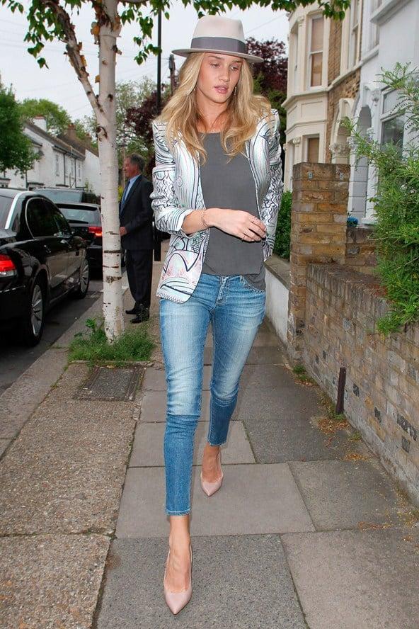Rosie-Huntington-Whiteley wearing jeans and blazer