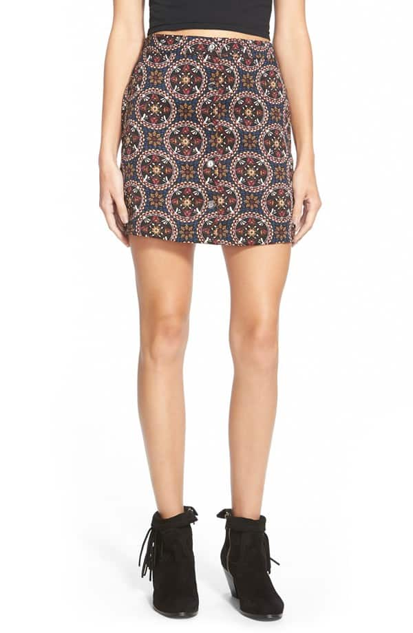 Short, printed button front skirt