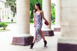Blogger-Doina-Ciobanu-of-the-Golden-Diamonds-wears-the-hibiscus-silk-slip-dress-by-Matthew-Williamson1-1140x760