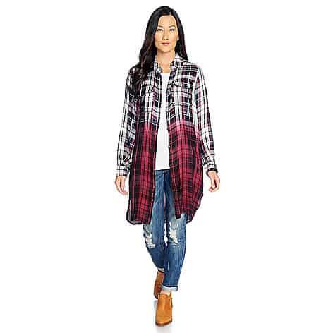 woman wearing long cardigan