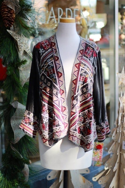 alpharetta shopping guide - la bella maison - scarf on mannequin