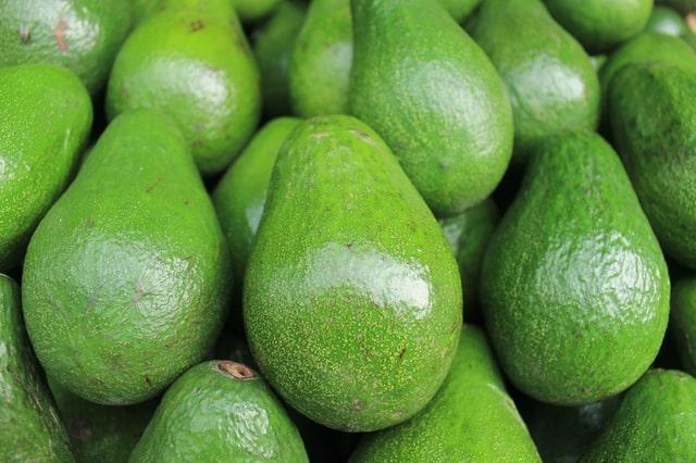 diy moisturizers - avocados