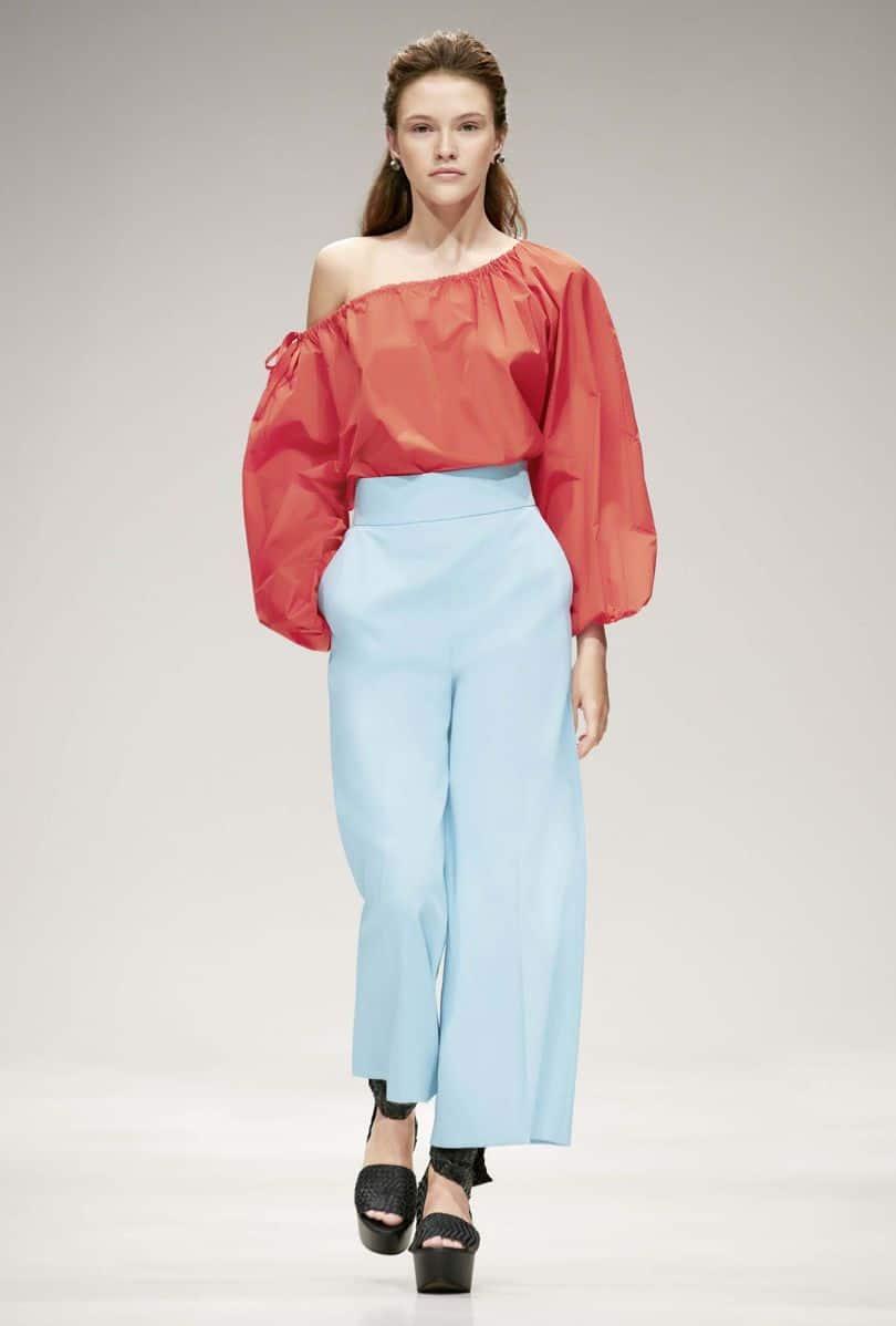 Summer fabrics trends: woman wearing cotton khaki