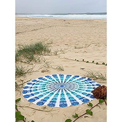 Budget round beach towel from Amazon