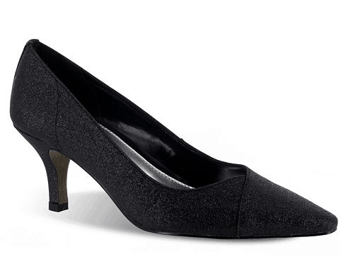 Low heeled black pump for women over 70