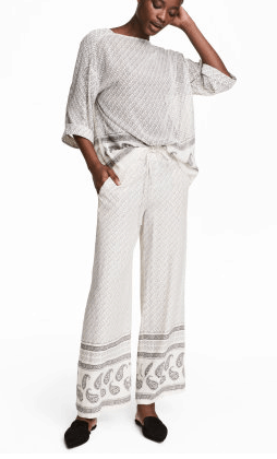 Flowy, casual wide-legged pants for the pool