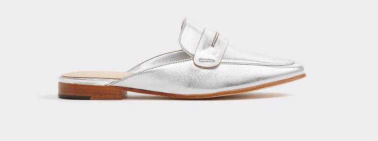 Silver, flat-heeled mule shoe