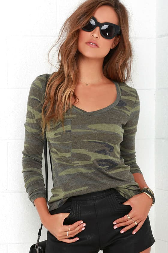 Camouflage long sleeve tee shirt