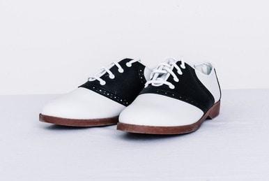 Black and white saddle pair