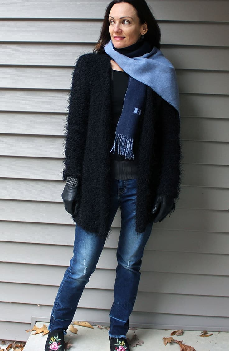 Scarf, jeans, cardigan and sneakers outfit
