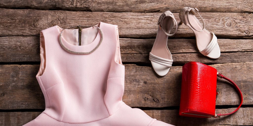 Outfit with pink dress, holiday shoes and bag