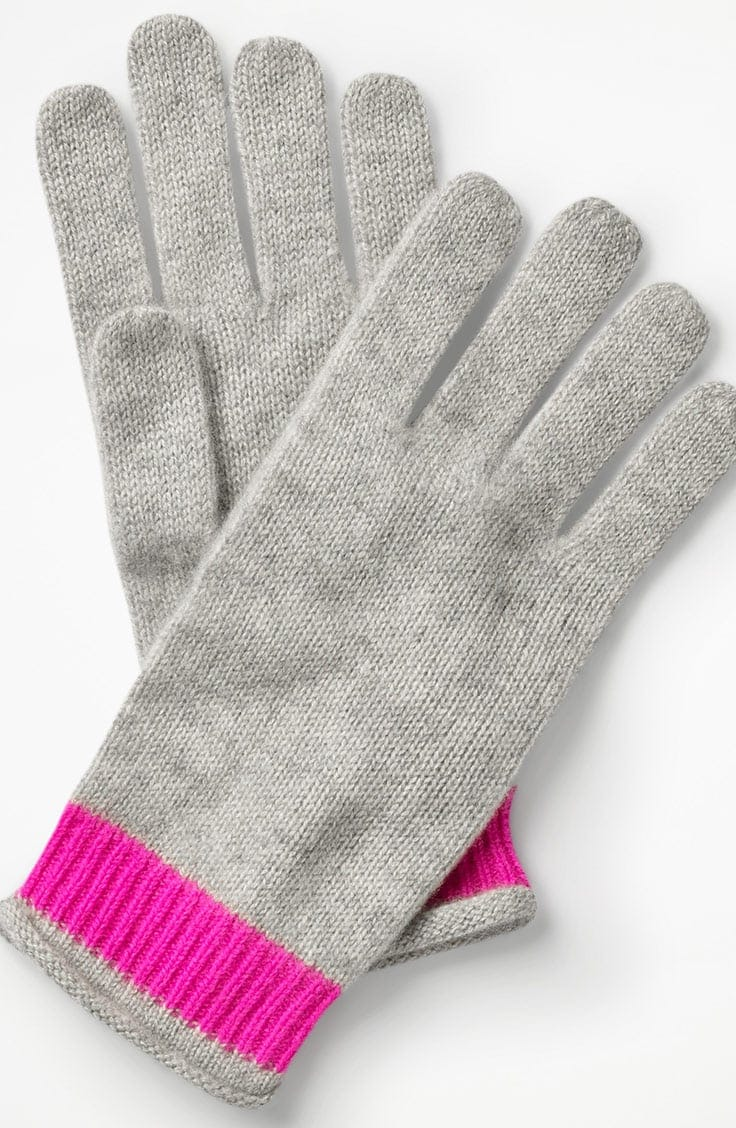 Grey knit gloves with pink trim