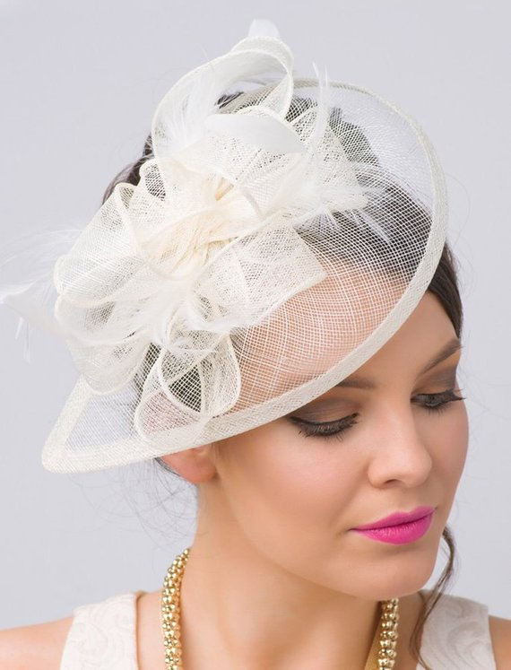 Ivory fascinator hat inspired by Kate Middleton