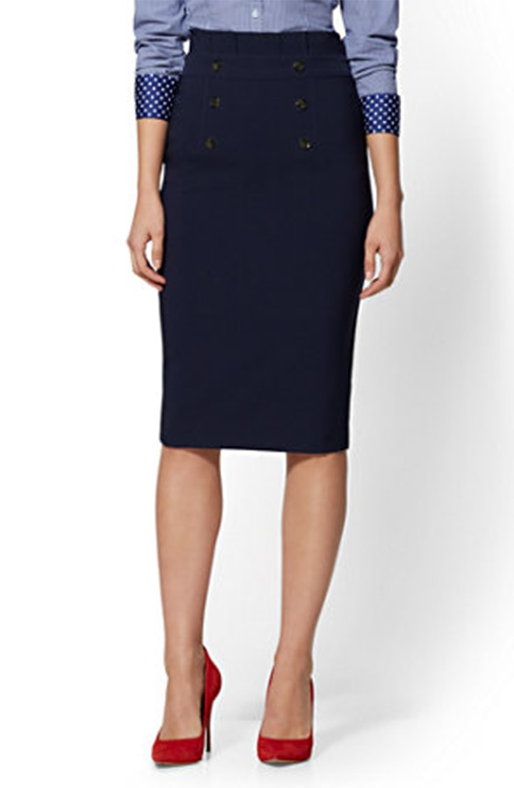 Pencil skirt with buttons on the front