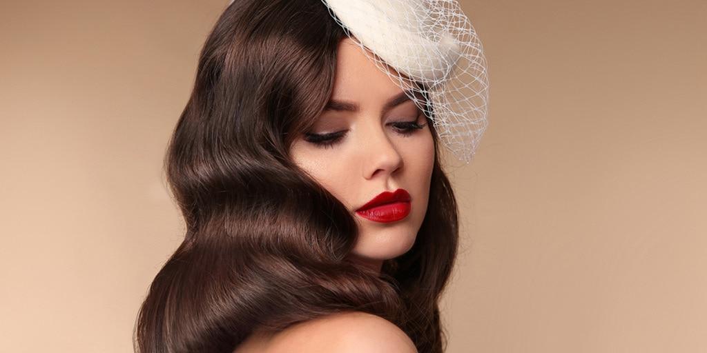 Bride with retro makeup style