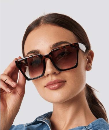 oversized, tortoise shell sunglasses