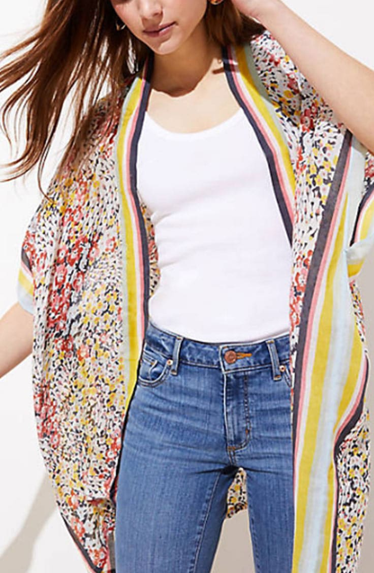 How to wear a kimono -- floral kimono over t-shirt and jeans