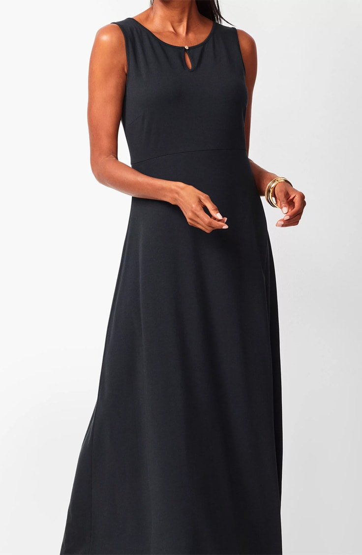 spring fashion for women over 60: the jersey maxi dress
