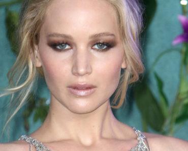 Close up of Jennifer Lawrence